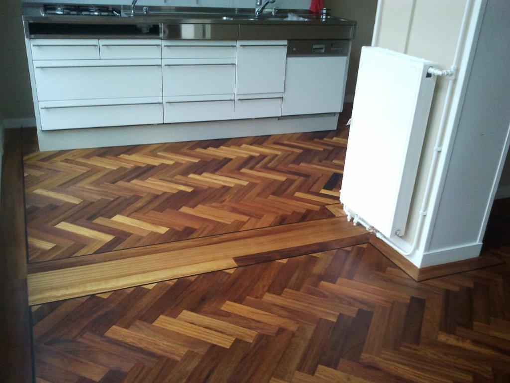 Visgraat Vloer Keuken : Een gietvloer in de keuken waarom is dit een goede combinatie